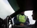 Водитель занимается обучением ГИБДД
